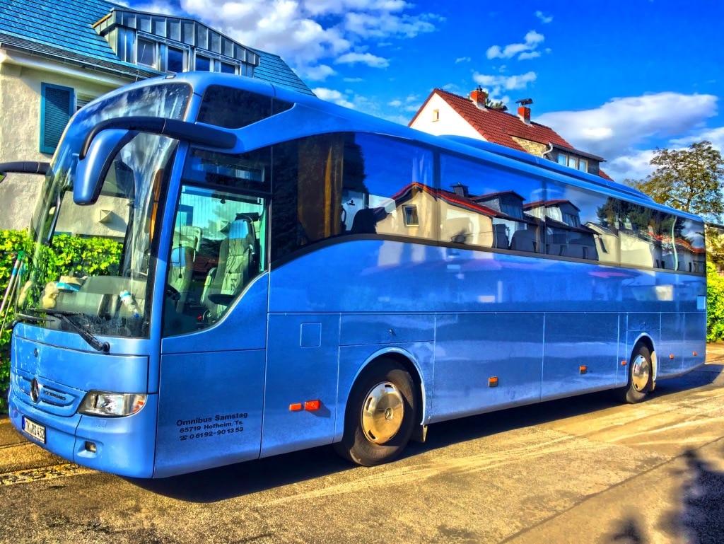 miete von bus reisebus und minibus in frankfurt am main. Black Bedroom Furniture Sets. Home Design Ideas