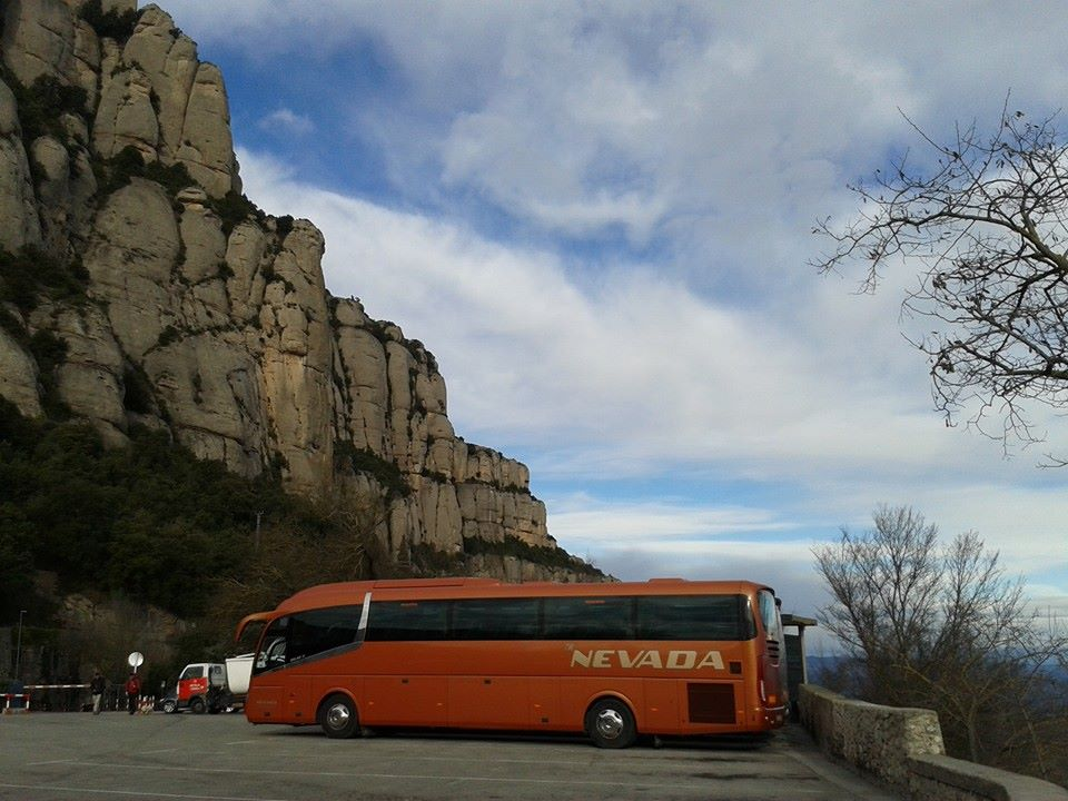 Minibus with Driver Coach Hire in Spain | Rent-Autobus