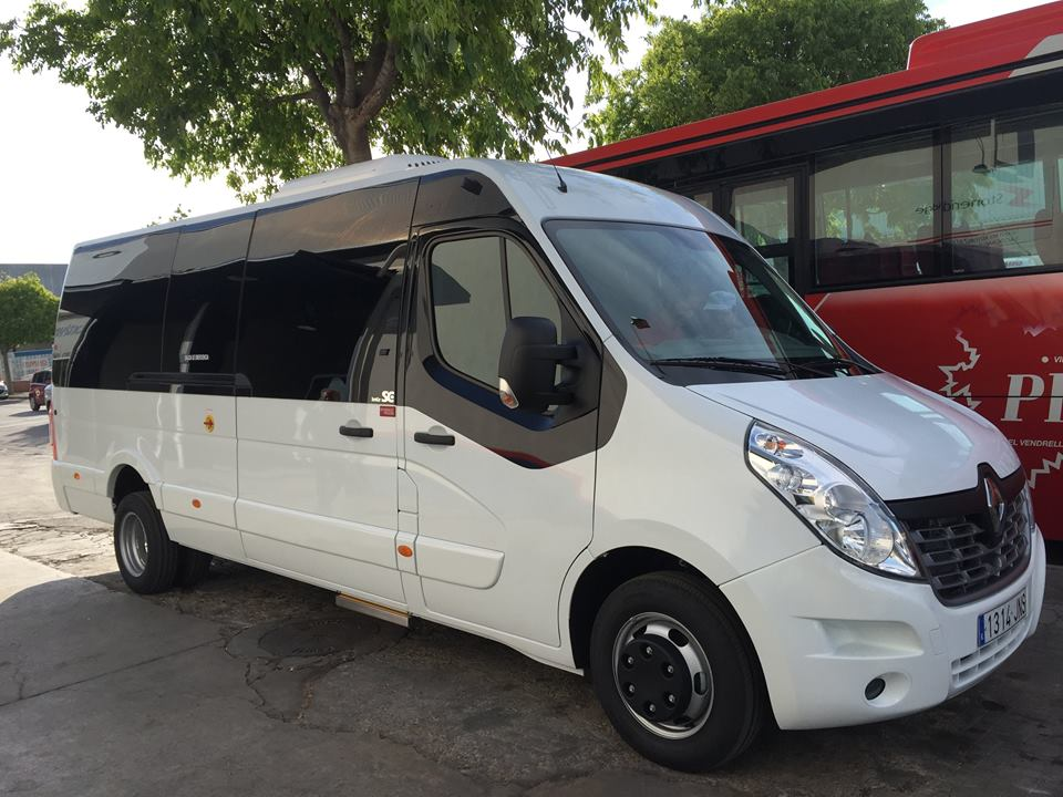 VIRGUI BUS Iveco  Vip Vips Class 25